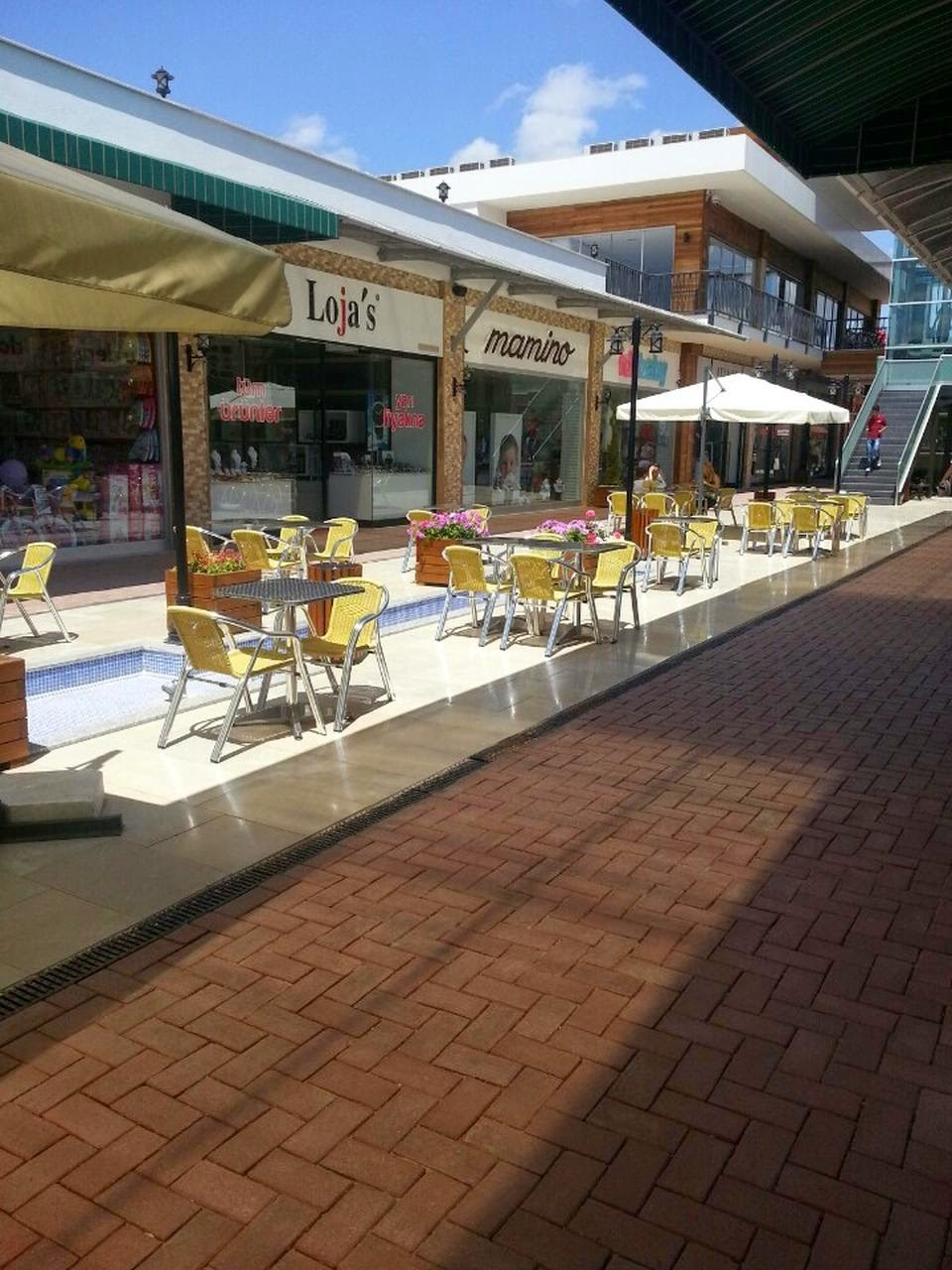 Mola City Yaşam Ve Alışveriş Merkezi